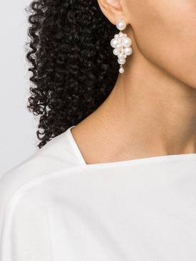 Botticelli pearl earrings