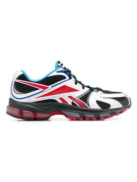 Vetements - Color Block Spike Runner 200 Black And Red - Men
