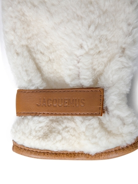 Les Moufles Shearling Gloves OFF WHITE