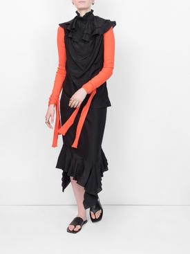 sleeveles ruffle dress