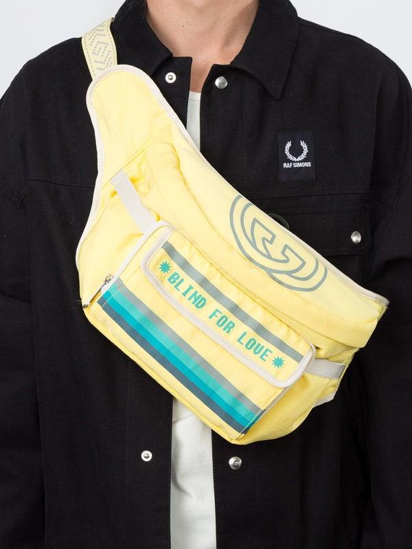 2cd3d3fec5f2 Gucci - Blind For Love Oversized Belt Bag - Women