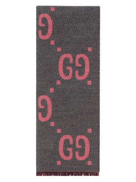 Grey and pink Lady Freedom scarf