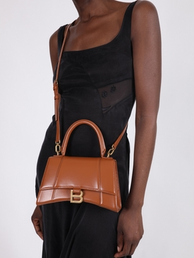 Camel Hourglass bag