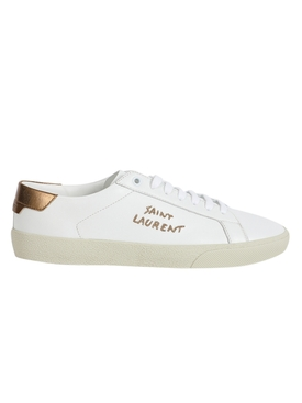 Court Classic Low-Top Sneaker