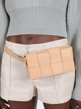 Intrecciato belt bag ALMOND-GOLD