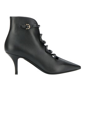 Salvatore Ferragamo - Black Pointed-toe Ankle Boots - Women