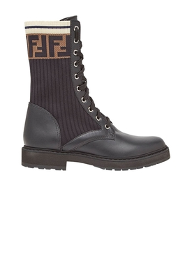 Brown logo print lace-up boots