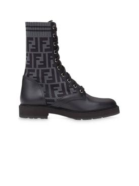 Logo combat boots black and grey