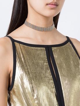 contrast collar choker