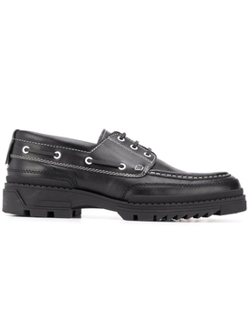 Black boat shoes with tractor sole