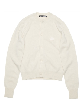 Classic wool sweater cream