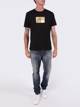 printed plaque logo t-shirt