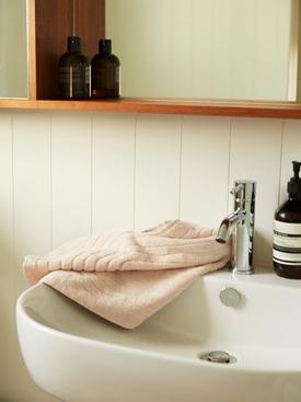 Clovelly Hand Towel, Clay