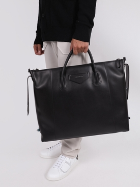 Black Antigona soft XL weekender bag