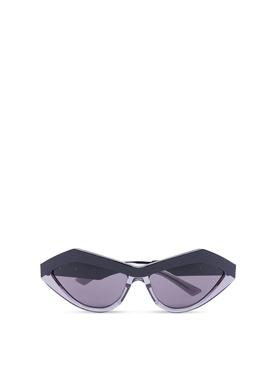 angled cat eye sunglasses black