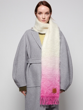 DIP DYED MOHAIR SCARF WHITE AND PINK