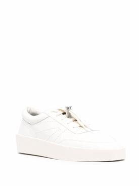 Classic Tennis Sneaker Cream