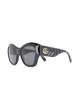 Large cat-eye sunglasses