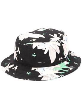 CLASSIC BUCKET HAT IN HAWAIIAN SCENIC PRINTED CANVAS BLACK