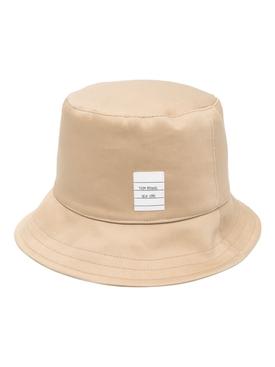 NEW CLASSIC LOGO PATCH BUCKET HAT, KHAKI