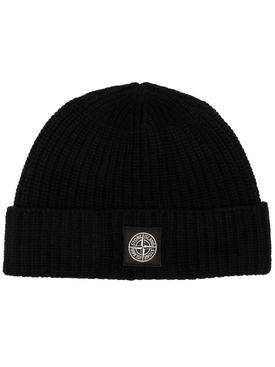 Logo patch beanie hat black