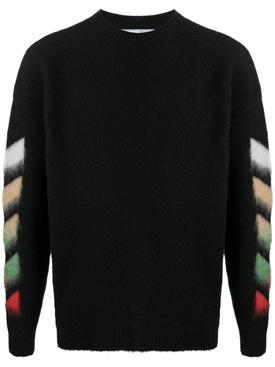 Diagonal brushed knit crew neck BLACK
