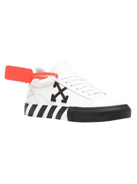 WHITE AND BLACK LOW VULCANIZED SNEAKER