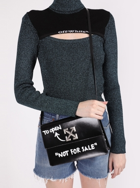 Black and white turn to open jitney 1.0 shoulder bag