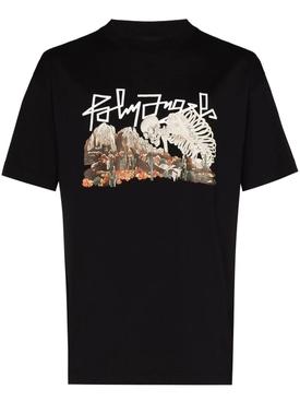 Desert skull bones t-shirt BLACK