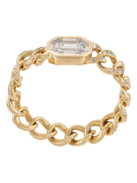 18KT GOLD ILLUSION EMERALD CUT DIAMOND PAVÈ LINK RING