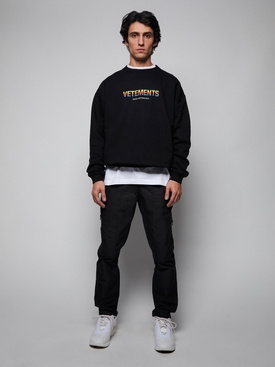 THINK DIFFERENTLY SWEATSHIRT, BLACK