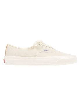 UA OG Authentic LX Low Top , White and Persimmon Orange