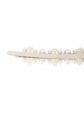 pearl embellished hairclip