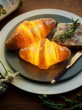 Pampshade - Croissant Light - Lamps