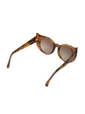 Barn's - 'eye-liner Frame' Sunglasses - Women