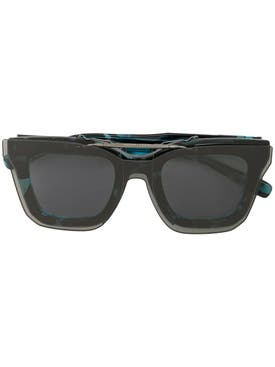 Sacai - Black And Blue Tortoiseshell Sunglasses - Women