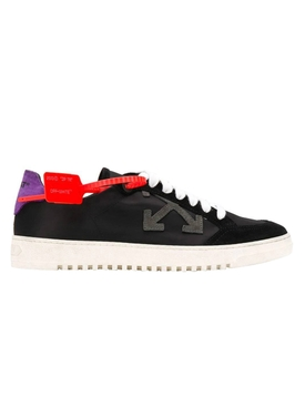 Black arrows logo sneakers