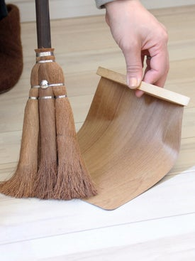 Takada Tawashi - Natural Wood Dustpan - Home