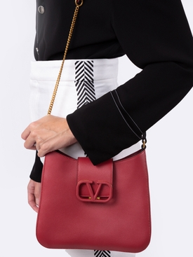 Logo clasp shoulder bag Rose