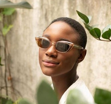 Designer Oliver Peoples Women's collection