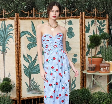 Designer Rebecca de Ravenel Women's collection