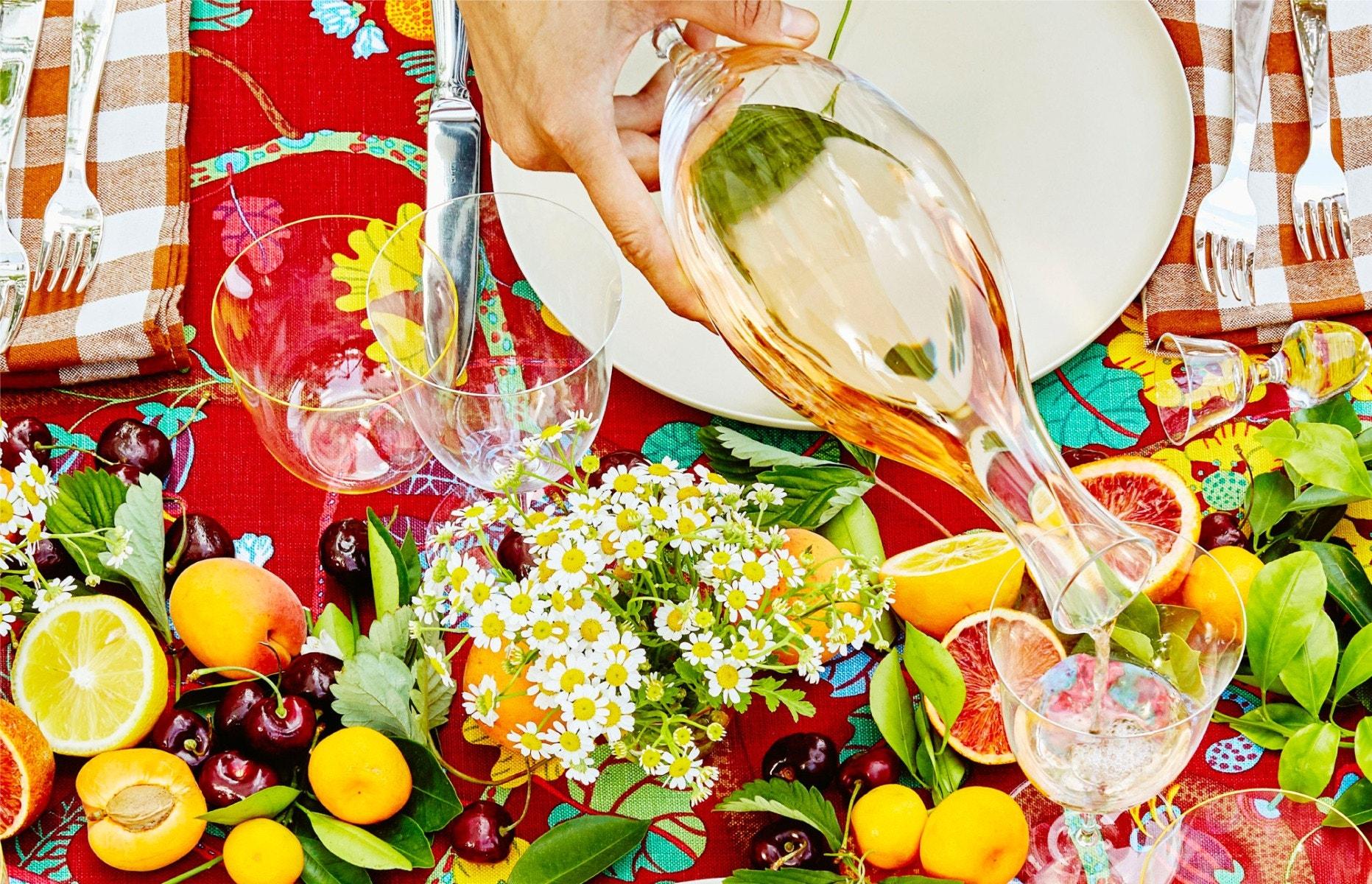 JOSEF HOFFMANN Patrician Wine Glass – JOSEF HOFFMANN Patrician Wine Decanter – HANS HARALD RATH Citron Alpha Water Tumbler