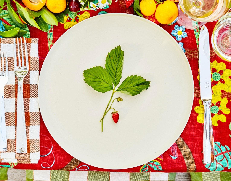 GIO PONTI 5 Piece Gio Ponti Set – MAOMI Kaya Porcelain Dessert Plate – JOSEF HOFFMAN Patrician Wine Glass – HANS HARALD RATH Citron Alpha Water Tumbler