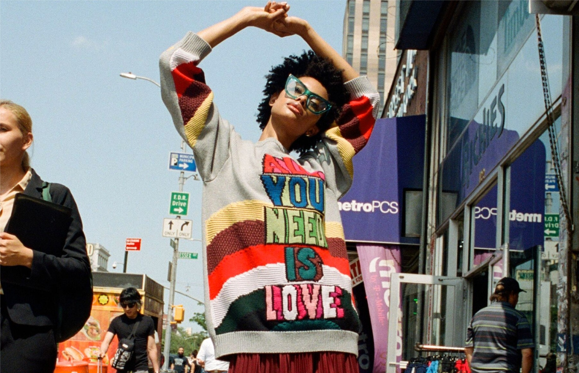 STELLA McCARTNEY All You Need is Love Sweater