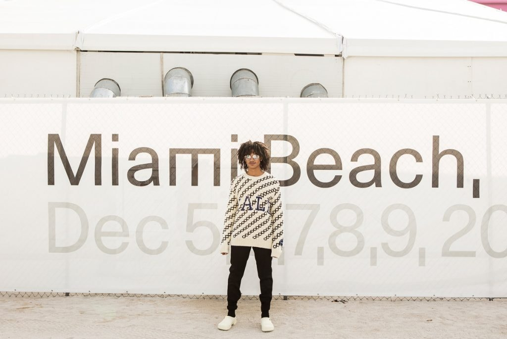CALVIN KLEIN 205W39NYC Sweater, MR LEIGHT Sunglasses, DIOR Trousers, 032C X BIRKENSTOCKS Clogs