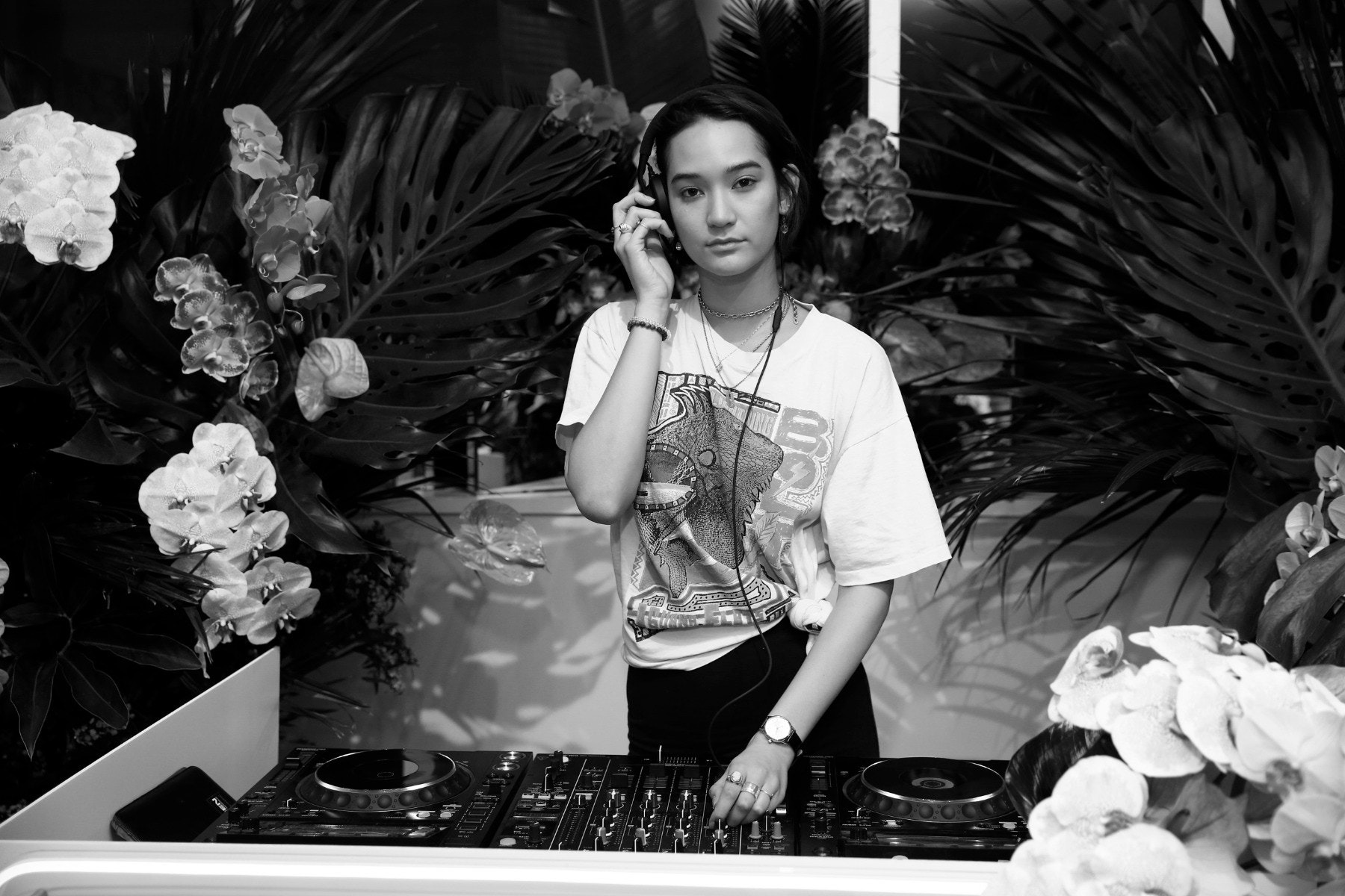 DJ Mona Matsuoka