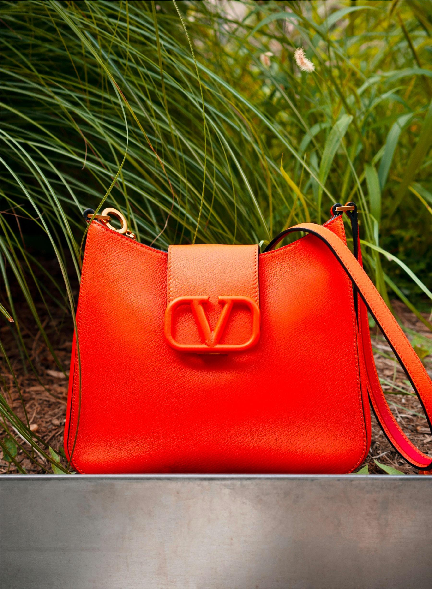 VALENTINO GARAVANI VSLING Hobo Bag